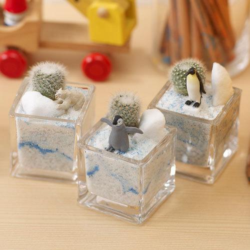 ちいさな植物と一緒に楽しむジオラマ「南極のペンギンたち」ミニサイズ3個セット