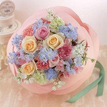 バラの形の花束 ペタロ・ローザ「フェミニンミックス」