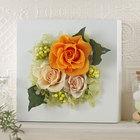 プリザーブド&アーティフィシャルアレンジメント「ローズブロッサム・オレンジ」(ホワイト)