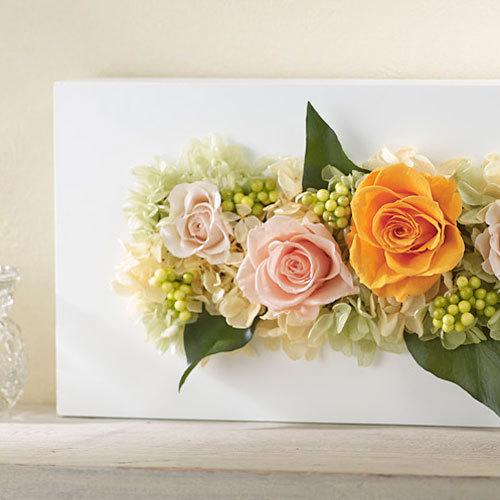 プリ&アーティフィシャルアレンジメント「ローズブロッサム・ピュアオレンジ」(ホワイト)
