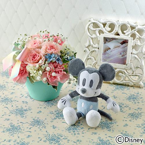 ディズニー「ミッキーマウス 音入りぬいぐるみとアレンジメントのセット」