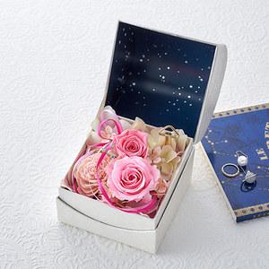 プリザーブド&アーティフィシャルアレンジメント「オルゴールフラワー(星に願いを)ローズ」の商品画像