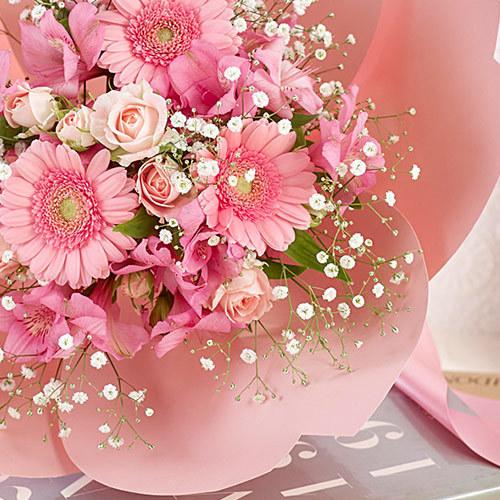 桜の形をした花束・桜ペタロ「はんなり」