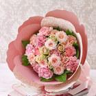 母の日 カーネーションの形をした花束「ペタロ・カーネーション シュクレ」