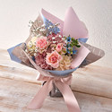 そのまま飾れるブーケ「7月に贈る花言葉」
