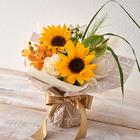 そのまま飾れるブーケ「8月に贈る花言葉」