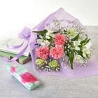 【お供え用】亡き母に贈るボックスフラワーとカーネーションの香りのお線香のセット