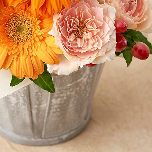 10月の旬の花 アレンジメント「シアーオレンジ」