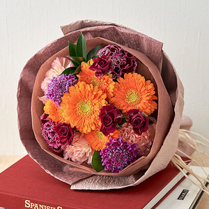 10月の旬の花 花束「フローラルハーベスト」の商品画像