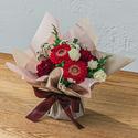そのまま飾れるブーケ「12月に贈る花言葉」