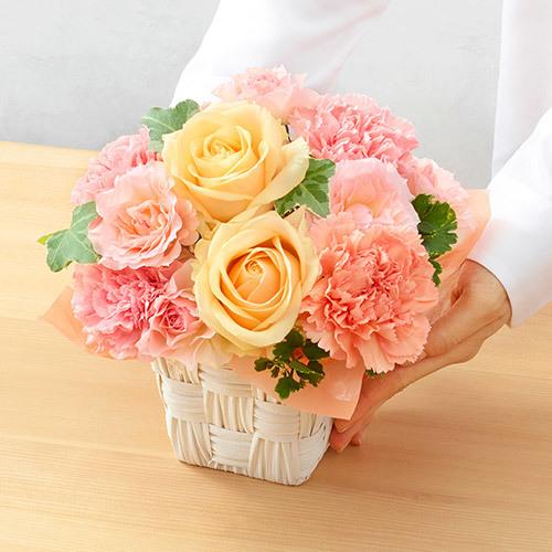 5月の旬の花 アレンジメント「レスレーヴ」