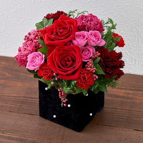 【日比谷花壇】11月12月の旬の花 アレンジメント「ラフィネ」