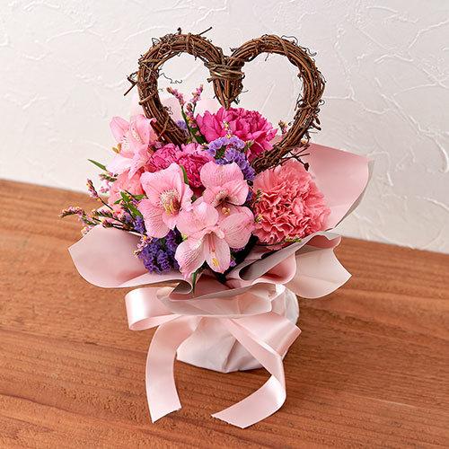 【日比谷花壇】そのまま飾れるブーケ「ハートフルハート」